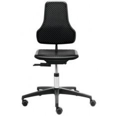 Chaise ergonomique Dauphin en polyamide noir, dossier réglable séparément, piètement à 5 branches avec roulettes freinées pour sol dur
